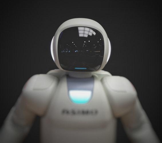人工智慧多麼強大?連新聞都可能被假造!!馬斯克退出團隊的主因?