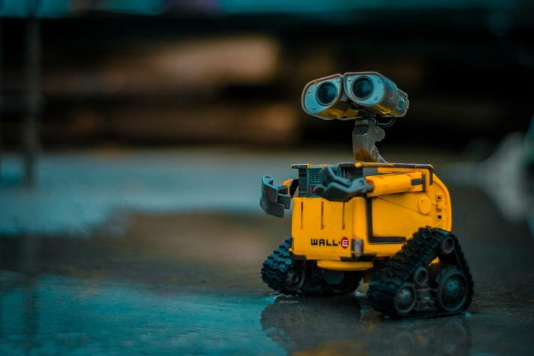 他就是第一個人工智慧機器人的研發者!
