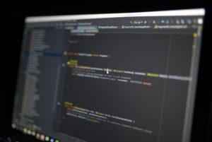 藏在電影中的Python和Java,你有發現任何蛛絲馬跡嗎?