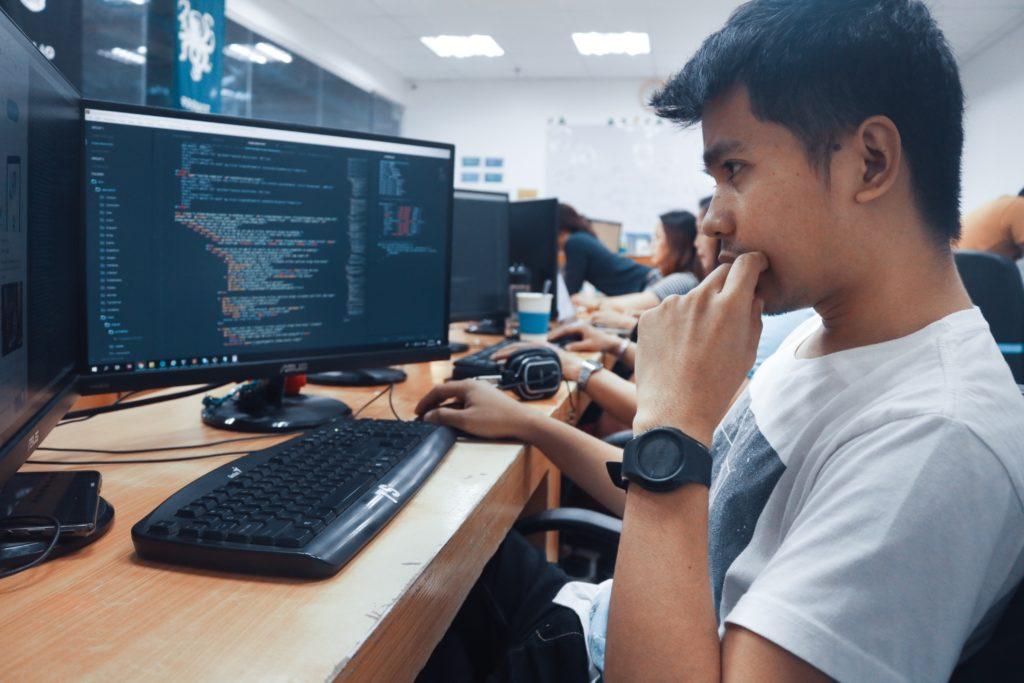 前端工程師不可不知的RWD觀念, 迎合行動上網裝置的使用者的必備技能