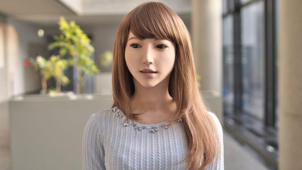 """Python能寫出老婆嗎? 瘋傳的""""老婆機器人""""在日本上市是真的? (下)"""